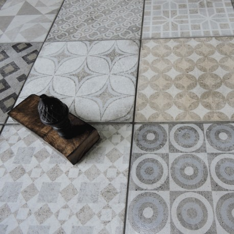 Tangier taupe 200x200mm
