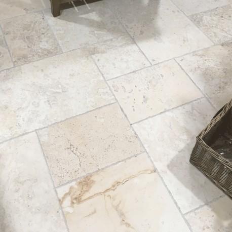 Venetian Stone Bianco modular pattern